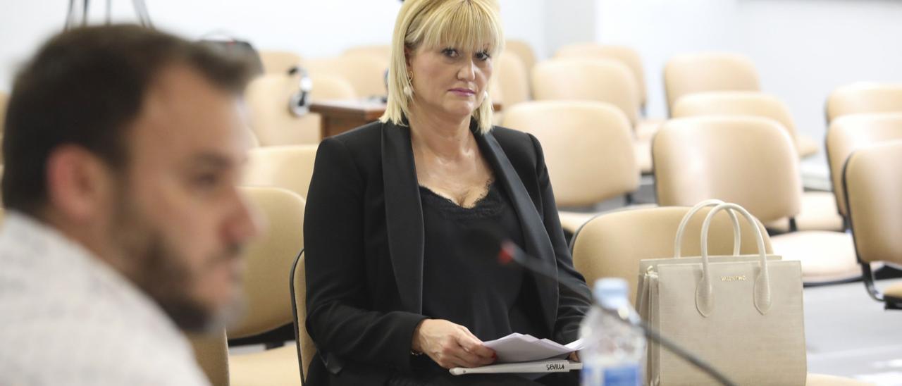 Carmen Piedralba, concejala de Castrillón expedientada por el PSOE