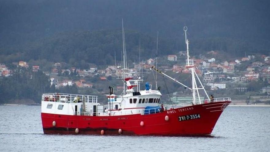 Desembarcan en Vigo a un tripulante ante la sospecha de contagio por Covid-19