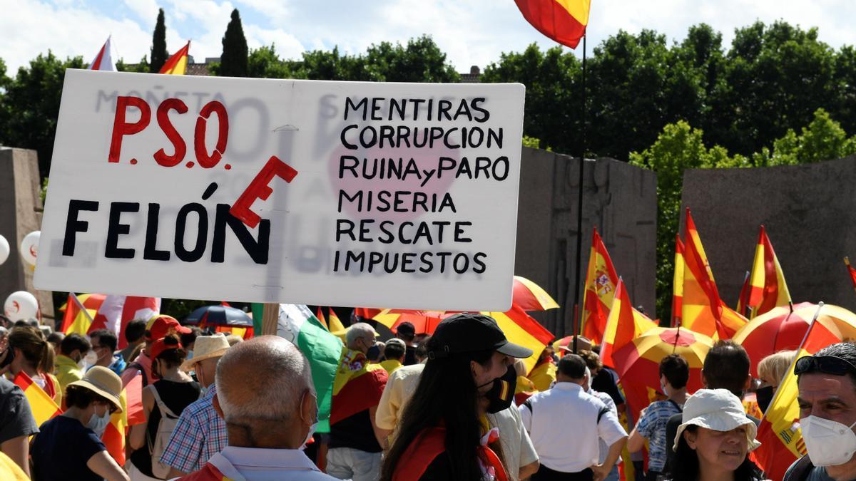 Concentració a Madrid en contra dels indults als independentistes presos