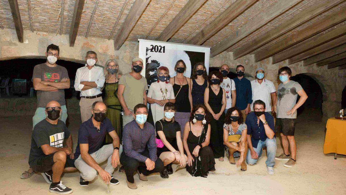 Organizadores, cineastas y músicos en la gala de Xàbia
