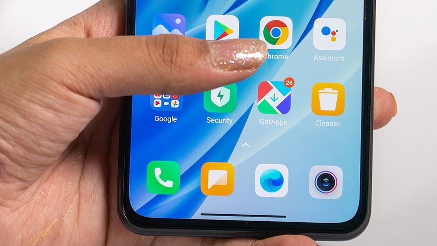 Android 12 permitirá controlar el teléfono con gestos de la cara