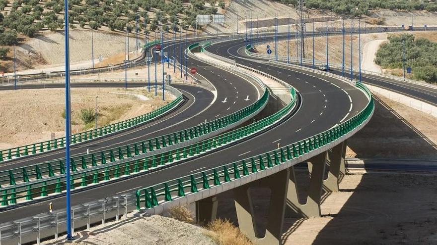 La Junta adjudica la actualización del proyecto de la Autovía del Olivar a su paso por Cabra