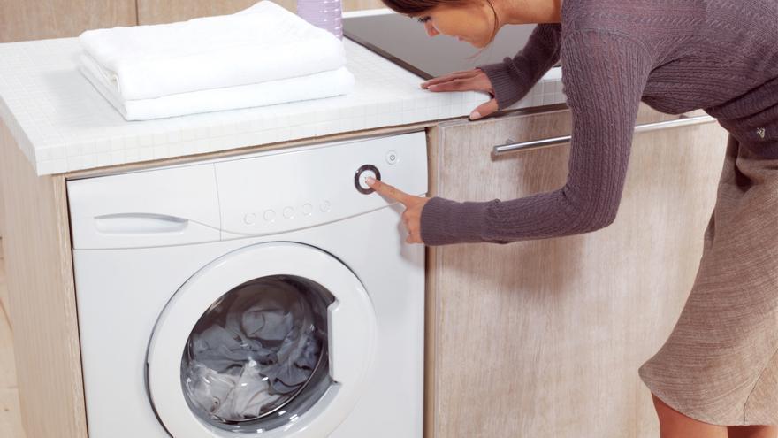 El truco definitivo para limpiar la lavadora por dentro