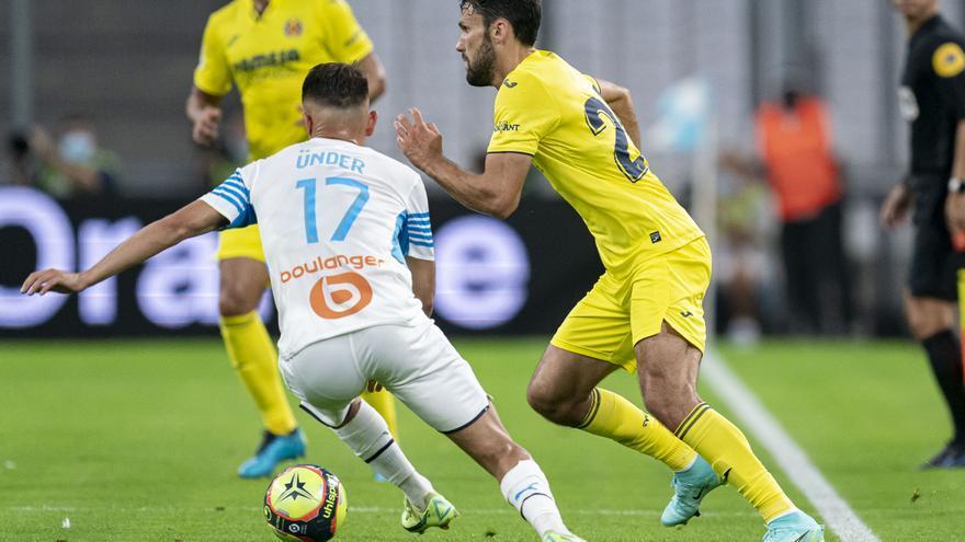 Una rigurosa expulsión deja sin opciones al Villarreal en Marsella (2-1)