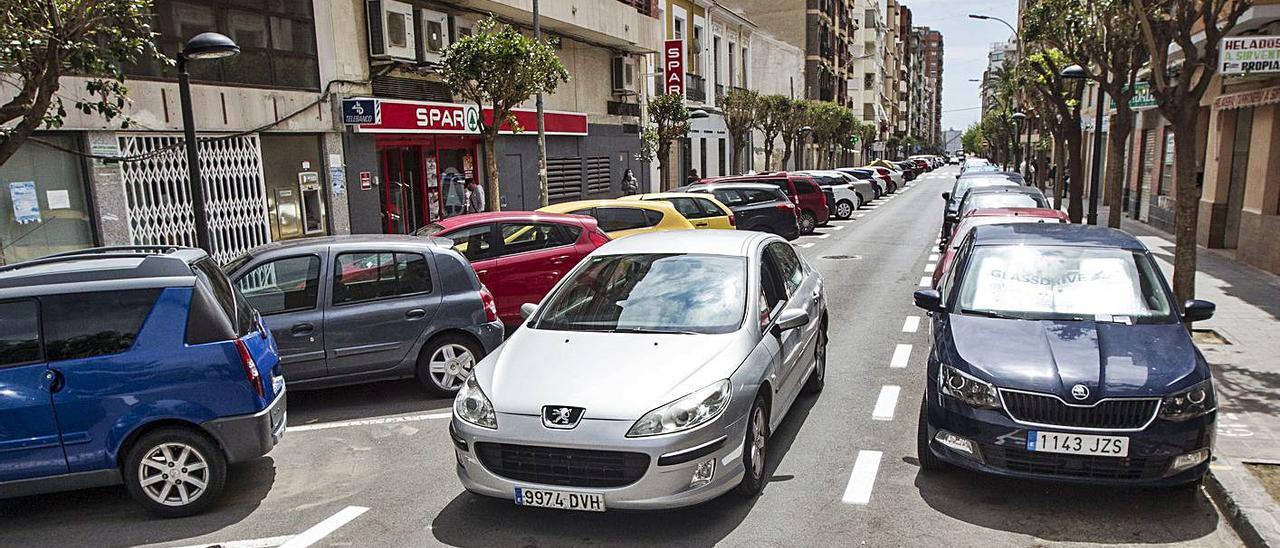 Pérez Medina es una de las calles que vecinos de Benalúa quieren que se peatonalice.