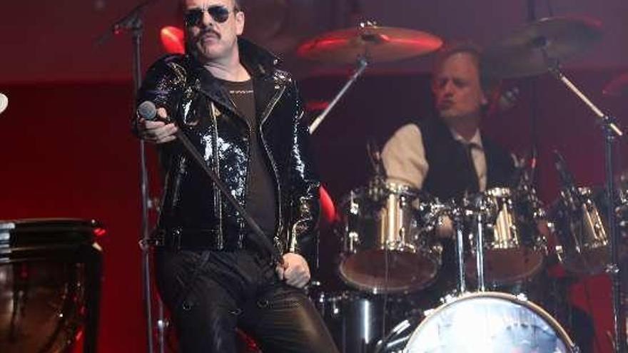 """Freddie Mercury """"revive"""" en Vigo con Dr. Queen"""