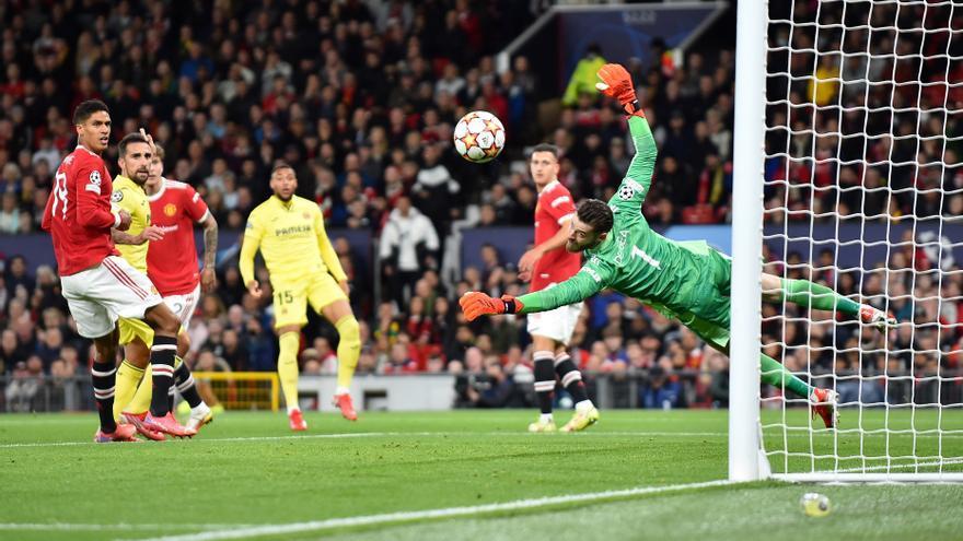 Crónica | De Gea quita brillo a la exhibición de fútbol total de un Villarreal top en Manchester (2-1)