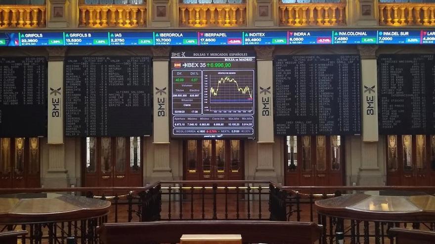 Wall Street anota nuevo récord del S&P 500 y el Nasdaq