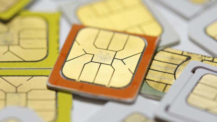 Detenidas 94 personas por estafar medio millón de euros clonando tarjetas SIM
