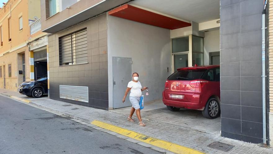 Investigan la muerte de una mujer tras caer al vacío en Valencia