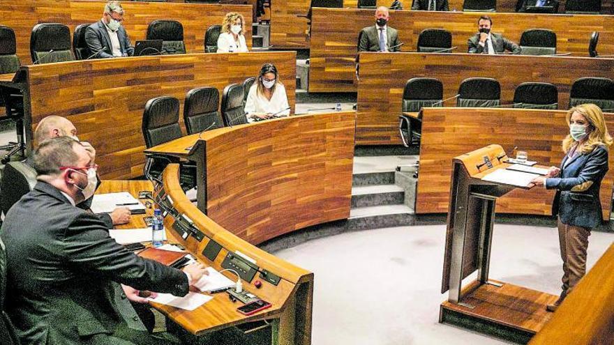 """Mallada critica el """"desprecio"""" de Barbón, que se niega a una concertación política"""