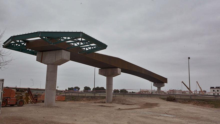 Avança la passarel·la que unirà València i l'Horta Sud sobrevolant el llit del riu