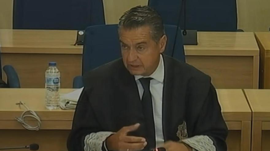 El fiscal diu que Trapero i els Mossos no van fer res per impedir l'1-O