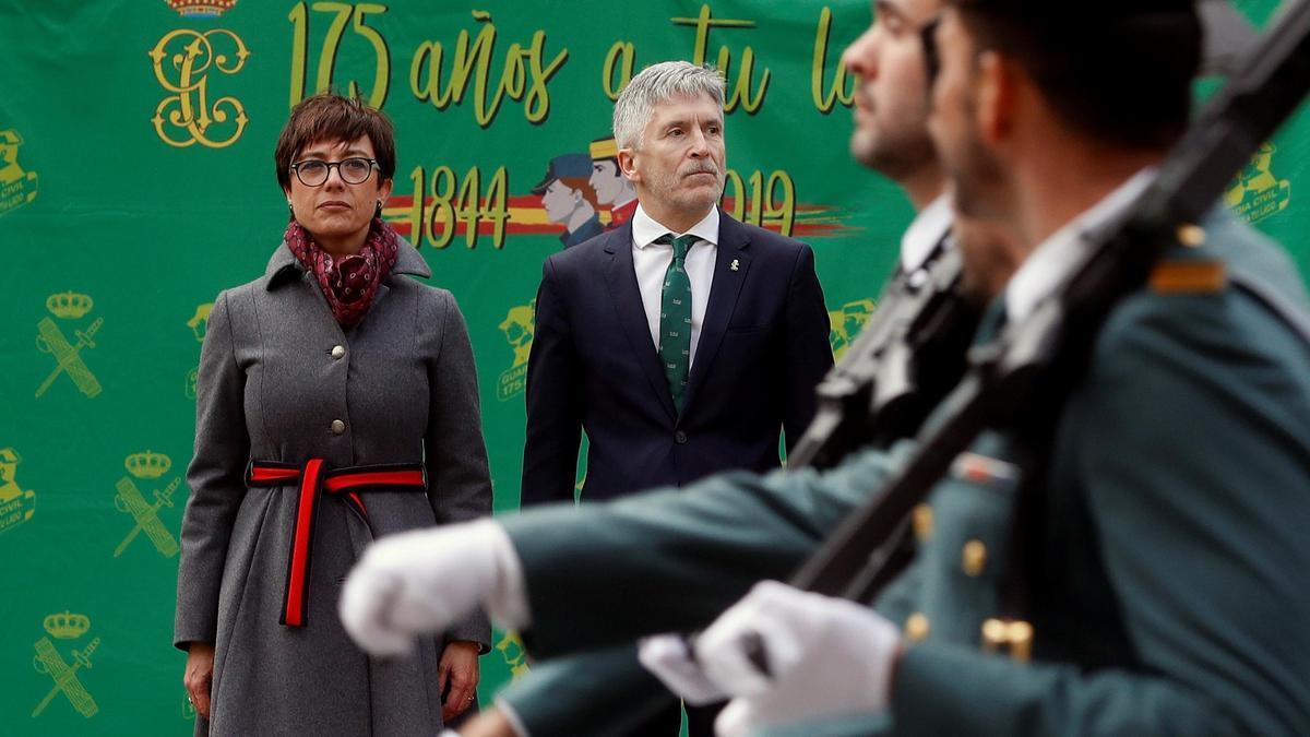 María Gámez, junto a Fernando Grande Marlaska