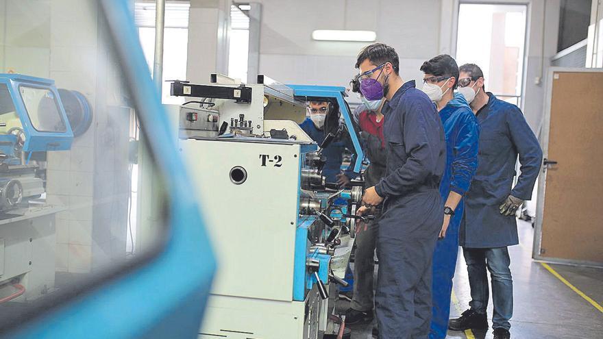 El aumento de alumnos de FP aún no cubre la demanda de las empresas de Castellón