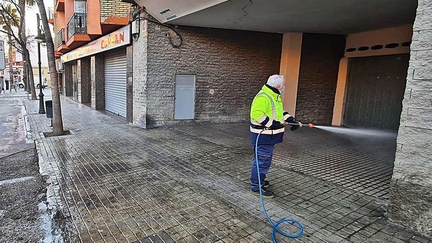 Desinfección de calles en Aldaia