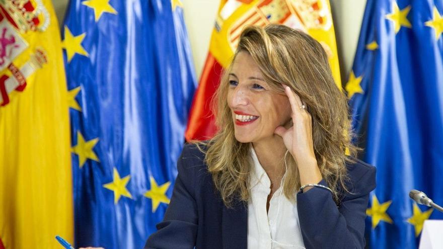 Yolanda Díaz recibe el alta médica a tiempo para firmar el acuerdo de los ERTE