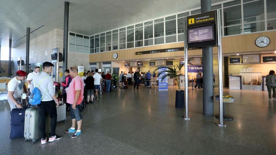Una imagen del interior del aeropuerto de Villanubla