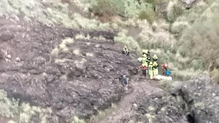Rescate de un senderista que sufrió una caída en el Charco Azul