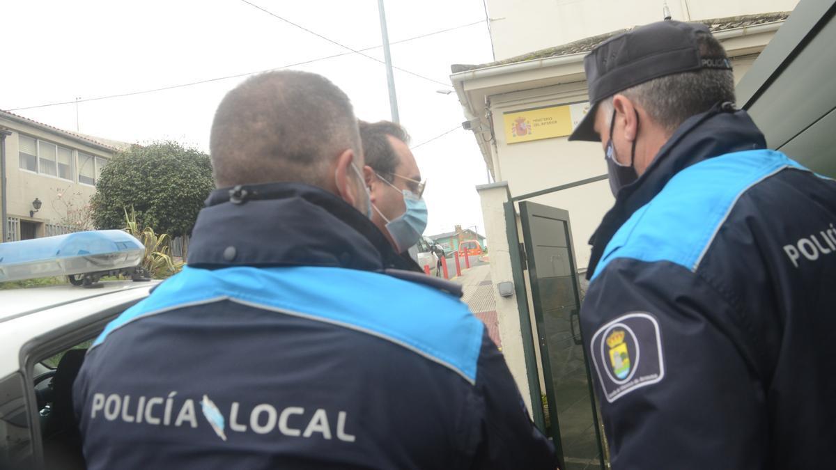 Momento en el que Diego Silva Charlín es conducido al cuartel para declarar por el accidente mortal