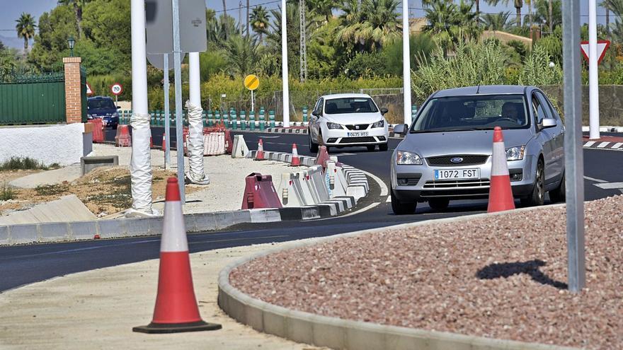 El Consell reducirá rotondas en la carretera a Santa Pola a medida que vaya duplicando los tramos