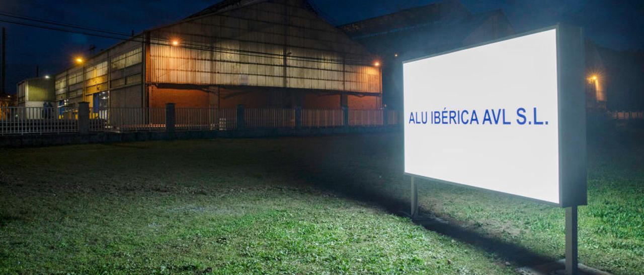 La fábrica avilesina de Alu Ibérica.