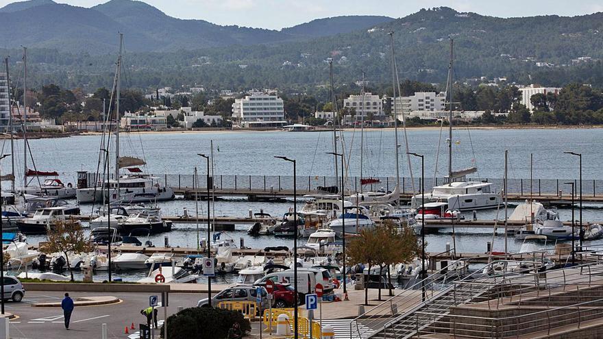 """Sant Josep pide que Sant Antoni sólo reciba pasaje y mercancías en """"situaciones de emergencia"""""""