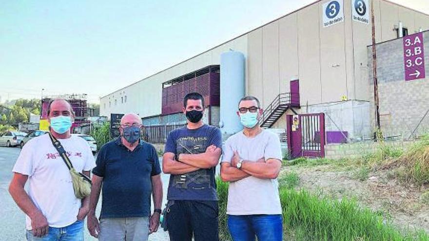 Veïns de la Farinera de Sant Vicenç exigeixen solucions als sorolls d'una empresa