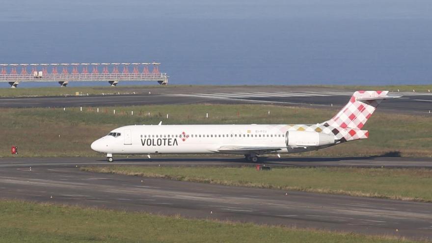 Volotea reanuda los vuelos veraniegos de Asturias a Murcia