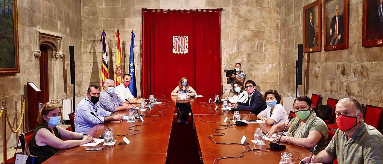 Reunión de la Mesa del Diálogo Social celebrada ayer.