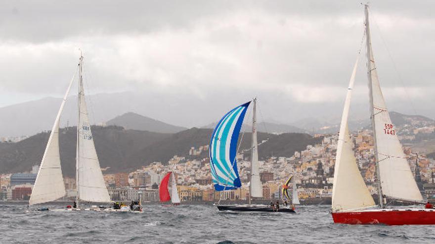 Unos 60 veleros participantes en la regata atlántica ARC parten este domingo rumbo al Caribe