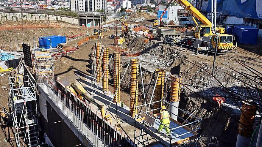 La Xunta completa los pilotes de la nueva estación de buses y avanza en muros y pilas