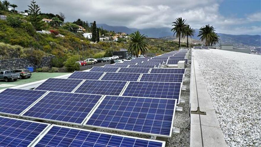 La primera comunidad energética local de Canarias está en La Palma