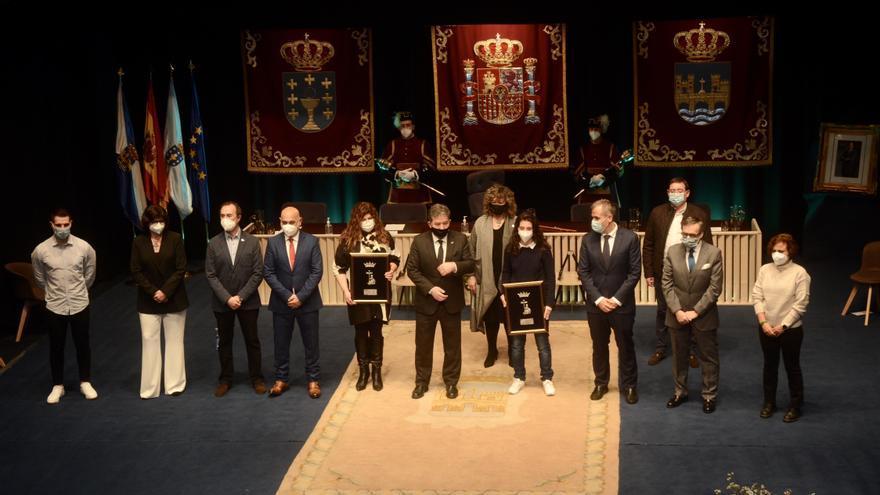 Sanitarios y Paula Dapena reciben los premios Cidade de Pontevedra 2020