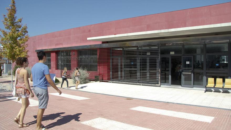 La EOI de Xàtiva alerta de que el próximo curso se queda con 20 grupos menos