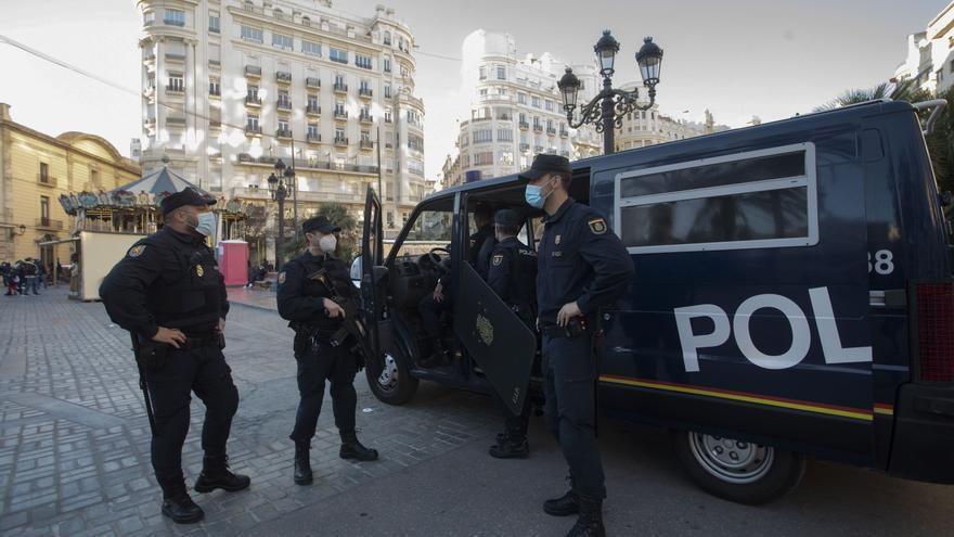 La Generalitat reforzará los controles policiales este fin de semana en las 16 ciudades perimetradas