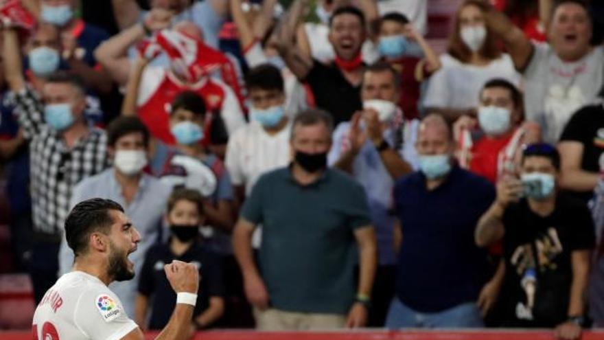 L'Espanyol perd contra un Sevilla  que acaba el partit amb deu homes