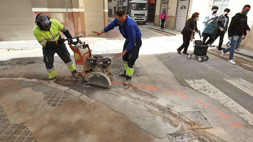 Movilidad pone en marcha la pavimentación de tres calles más en el Plan Centro