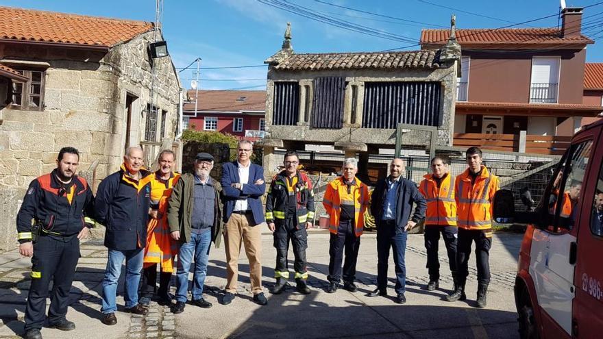 Villanueva destaca la labor de la Agrupación de Protección Civil de Cangas