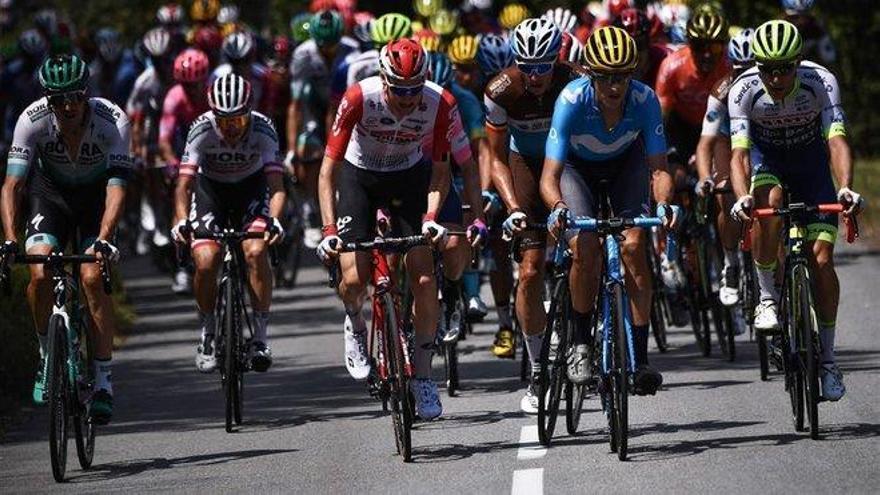 Una granizada obliga a suspender la etapa del Tour en plena debacle de Alaphilippe