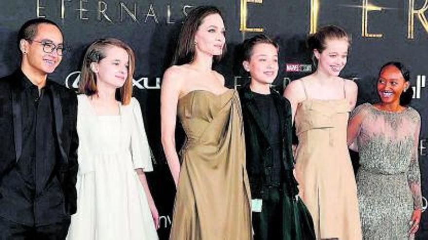Angelina Jolie se lleva a sus hijos al cine para ver 'Eternals'