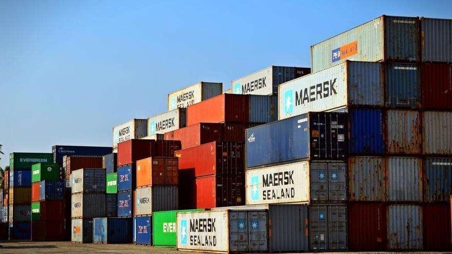 La covid-19 enfonsa les exportacions de l'eurozona un 29,3% a l'abril