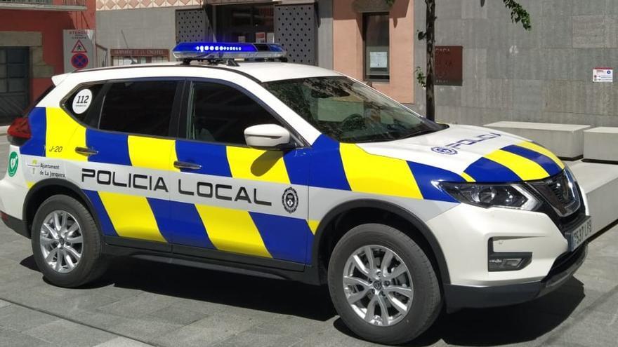 Tornen a detenir a la Jonquera un conductor francès sense permís i transportant immigrants