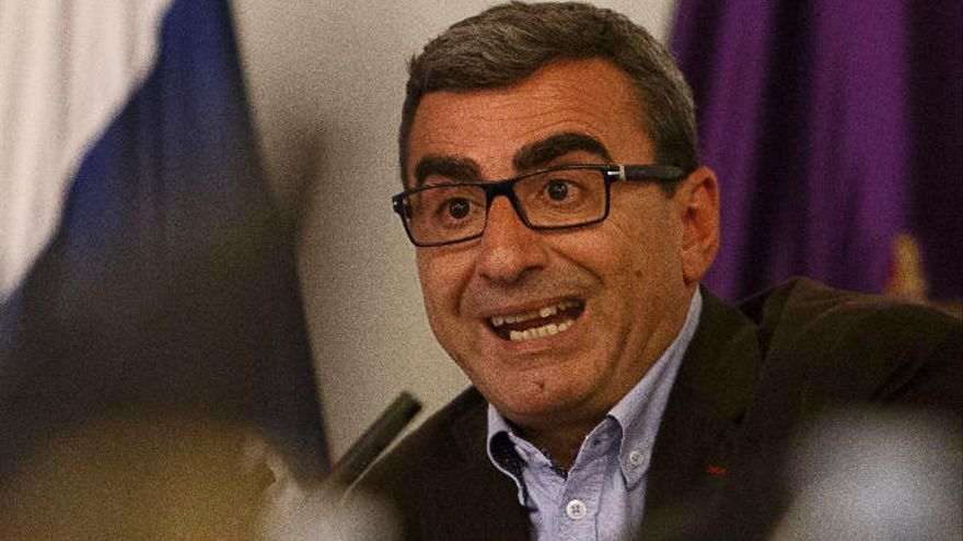 Ferraz destituye  a Abreu de la dirección del PSOE en La Laguna