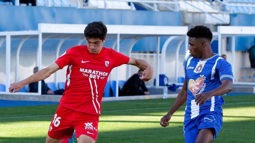 El Lorca Deportiva se hunde ante el filial del Sevilla