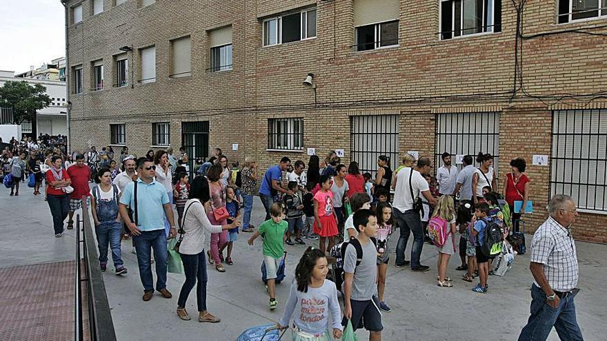 Urbanismo destina más de 1,3 millones a mejoras en colegios de Málaga capital