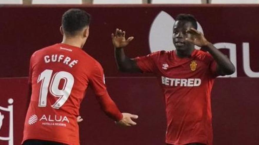 Todos los goles de la jornada 24 de Segunda: un 'hat-trick' de Djuka impulsa al Sporting