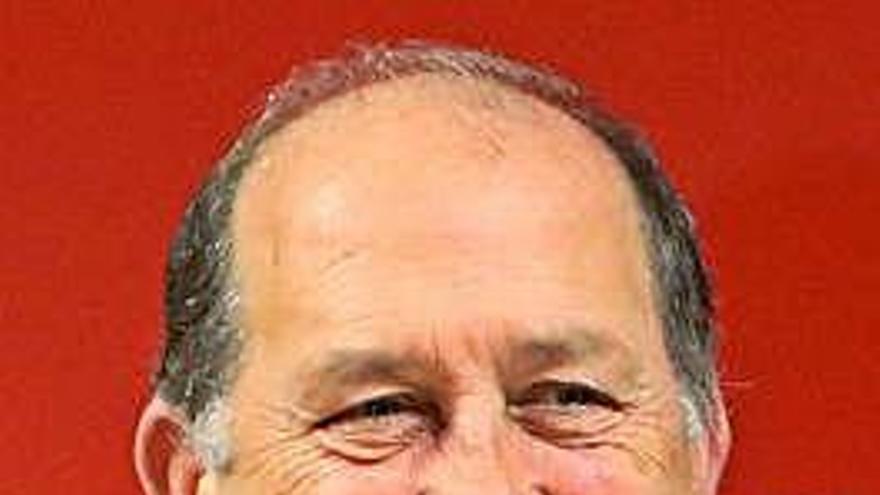 Leiceaga será senador por designación autonómica y dejará O Hórreo