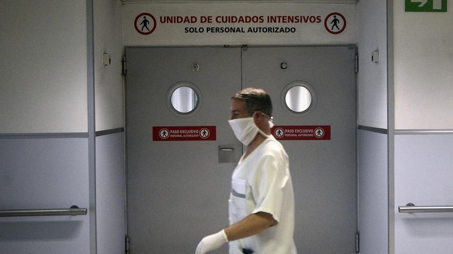 Continúa el descenso de pacientes covid en las UCI de la Región, que acogen a 21 personas
