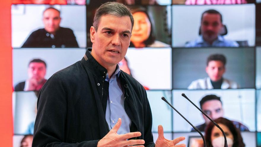 """Sánchez: """"PP y Vox quieren formar el Gobierno de la plaza de Colón en Madrid"""""""